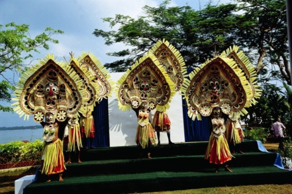 Theyyam Danza in Kerala